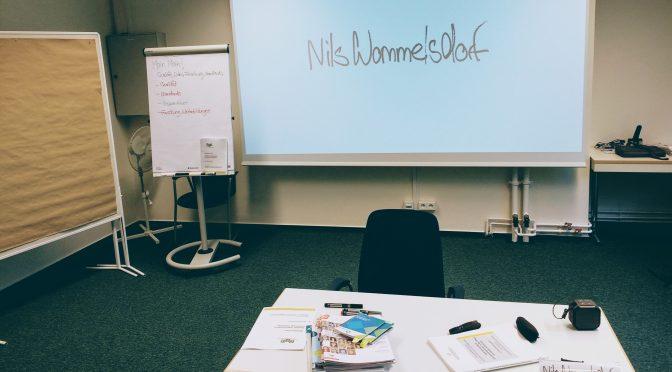Nils Wommelsdorf unterrichtet